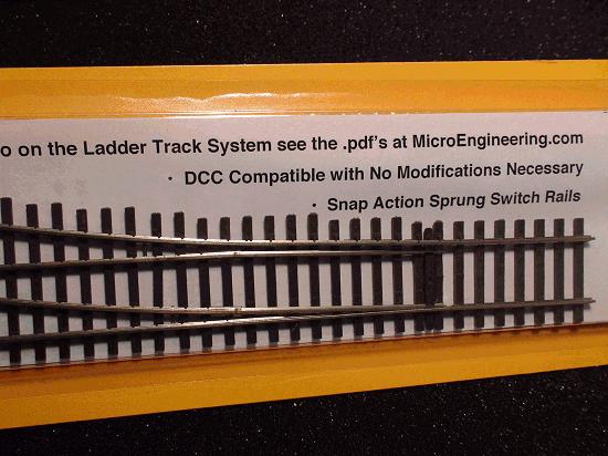 HO LADDER TRACK SYSTEM TURNOUT RH