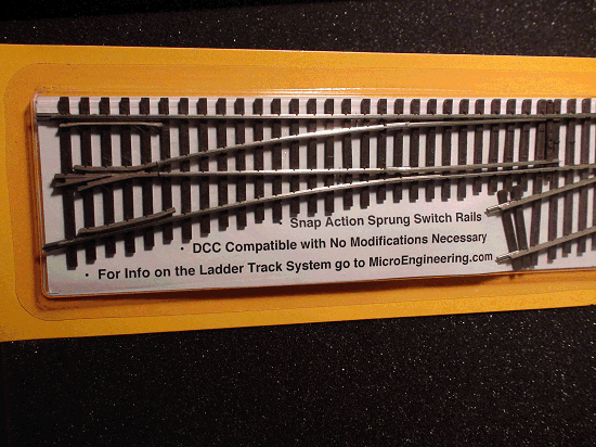 HO LADDER TRACK SYSTEM  LH TURNOUT