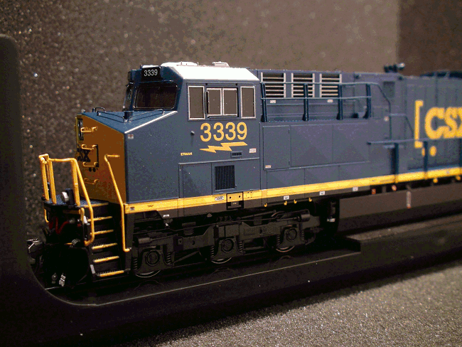 ET44AC CSX LOKSOUND LOCOMOTIVE Road Number 3367